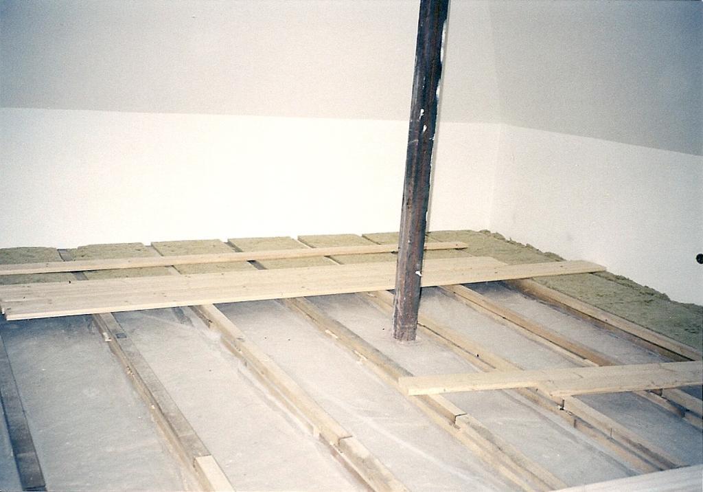 Pokládka prkenné podlahy návod
